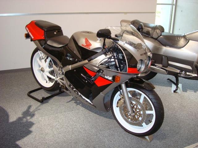 2010 Oct/2-3 もてぎ: VFR400